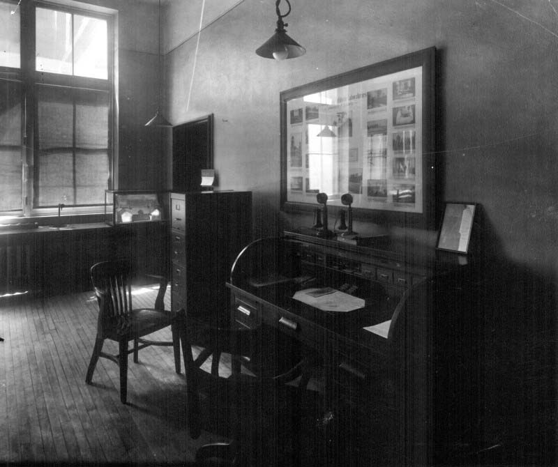 Office of Dr. John G. FitzGerald in Room 25 of the U of T Medical Building. From this office FitzGerald served as Director of Connaught Laboratories and Professor of Hygiene. His office has been recreated in the Sanofi Pasteur Canada (Connaught Campus) Heritage Room, complete with the original framed photo collection showing the scope of the Labs just before the discovery of insulin.