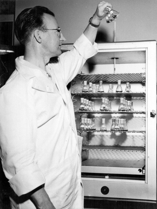 Dr. Arthur E. Franklin earned a Ph.D. in biochemistry at McGill University before he joined Connaught and Rhodes' poliovirus research team, his work focused on adjusting various tissue culture media for poliovirus cultivation