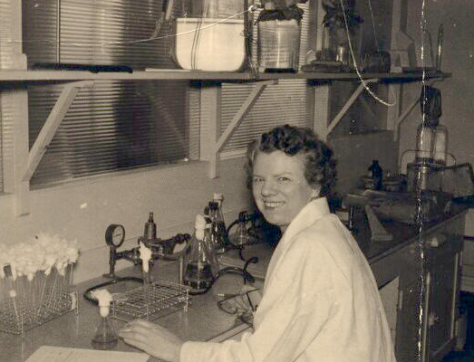 Dr. Leone Norwood Farrell was born in a small farming community near Ottawa and grew up in Toronto among a family where education was very much encouraged. During the war years, Farrell was involved with the production of cholera vaccine and dysentery toxoid at Connaught, before concentrating on improving the production of penicillin during the late 1940s and early 1950s, just before shifting her focus on large-scale poliovirus cultivation