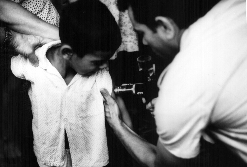 Administering smallpox vaccine in Brazil with a jet injector in 1967.