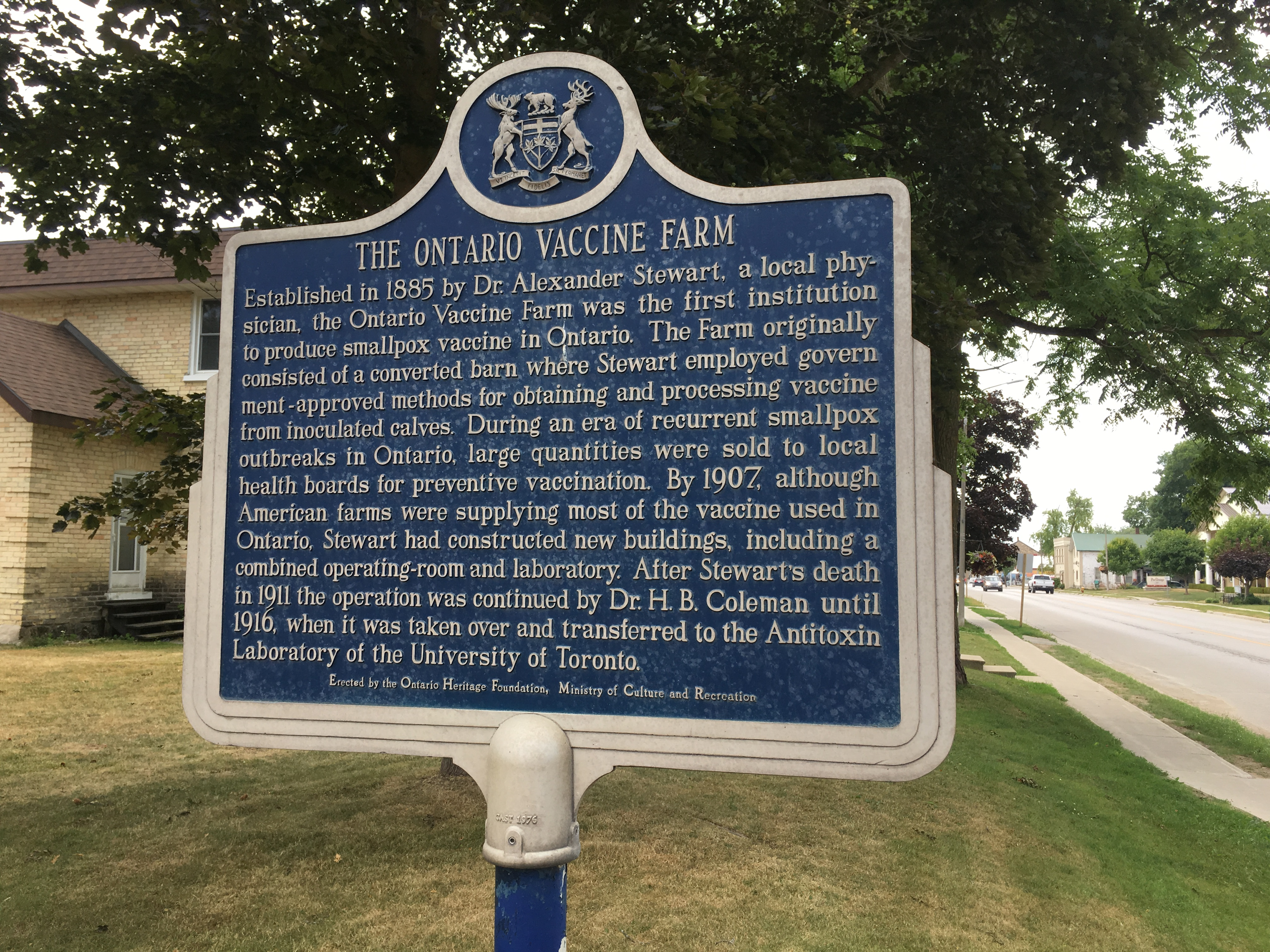 The Ontario Heritage Foundation installed a commemorative sign marking the site of the Ontario Vaccine Farm in Palmerston, Ontario; photo by the author. Further details at https://treasuresofminto.ca/map/historic-sites/provincial-historical-plaque-2